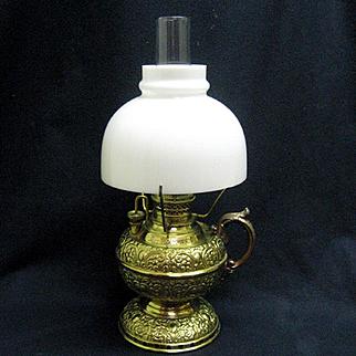 Junior Size Miller Finger Oil Lamp
