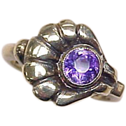 Art Nouveau Amethyst Ring Shell or Floral Design 10k Gold