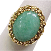 Vintage 1950s JADE Cabochon Ring in 18K Yellow Gold