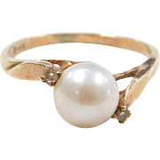 Vintage 10k Gold Cultured Pearl and Diamond Ring