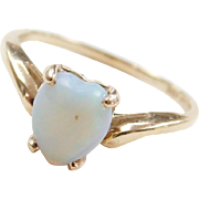 Vintage 10k Gold Opal Heart Ring