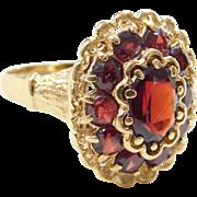 Vintage 18k Gold Garnet Ring