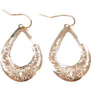 Vintage 14k Gold Swirl Earrings