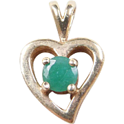 Vintage 10k Gold Emerald Heart Pendant