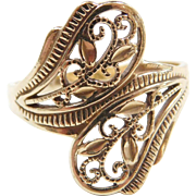 Vintage 10k Gold Bypass Filigree Ring