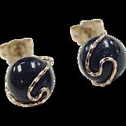 Vintage 14k Gold Onyx Stud Earrings