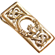Vintage 9k Gold Claddagh Pendant