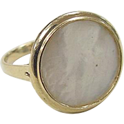 Vintage 14k Gold Mother of Pearl Ring