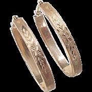 Vintage 14k Gold Etched Flower Oval Hoop Earrings