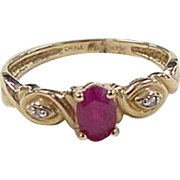 Vintage 14k Gold Ruby and Diamond Ring