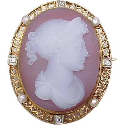 Item ID: KA Cameo Brooch / Pendant 25 In Shop Backroom