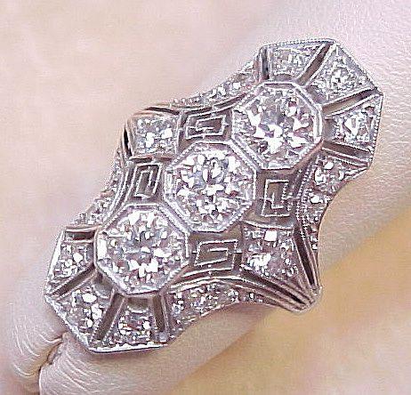 Art Deco Platinum & 1.80 ctw Diamond Filigree Ring