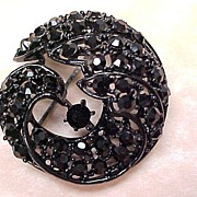 Vintage 1960's Brooch Japanned With Black Rhinestones