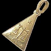 Vintage 18k Gold Zodiac Charm  ~ LIBRA