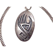 Hopi, Nutumya BEAR Claw Pendant / Necklace, Sterling Silver