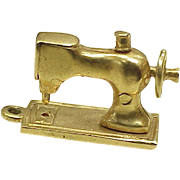 Vintage Mechanical Charm 14k Gold Sewing Machine