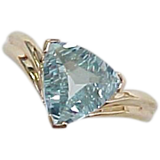 Trillion Cut 4.0 Carat Aquamarine Ring 10k Gold