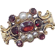 Early Victorian Ring Garnet & Seed Pearl 9k Gold circa 1840's