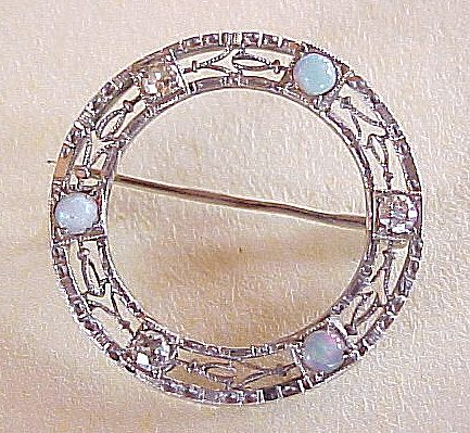 Art Deco 14k White Gold Filigree Circle Pin With Diamond & Opal