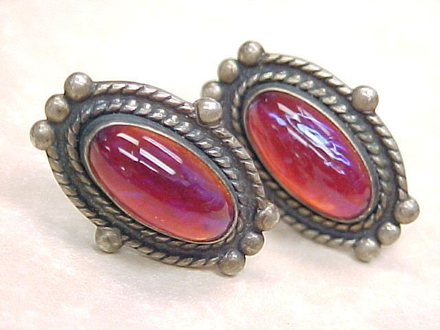 Vintage Sterling Silver Screw Back Earrings Dragons Breath Jelly Opal