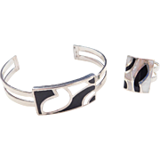 Sterling Silver Mother of Pearl and Onyx Inlay Cuff Bracelet and Matching Ring Set