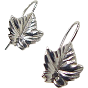Vintage 14k White Gold Maple Leaf Earrings