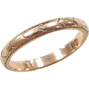 Vintage 18k Gold Etched Gents Wedding Band Ring