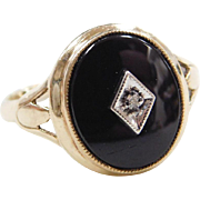 Vintage 10k Gold Onyx and Diamond Ring