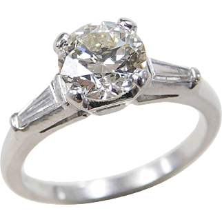 Art Deco Platinum 1.42 ctw Diamond Ring