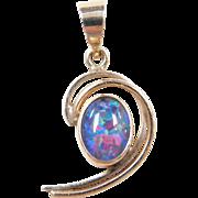 Vintage 9k Gold Opal Pendant