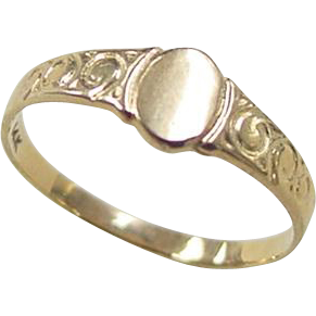 Vintage 14k Gold Baby Child S Signet Ring From