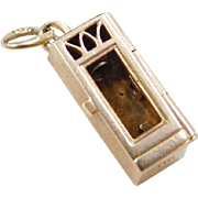 Vintage 14k Gold Bath House / Washroom Charm