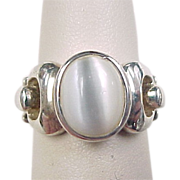 Vintage Sterling Silver Cats Eye Ring