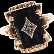 Beautiful 14k Gold Onyx and Diamond Ring