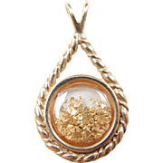 Vintage 14k Gold Pendant with Moving 24k Flakes