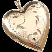 Vintage 14k Gold Heart Locket Pendant with Flower Etching