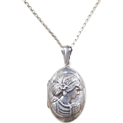 Vintage Sterling Silver Locket Necklace ~ 17""
