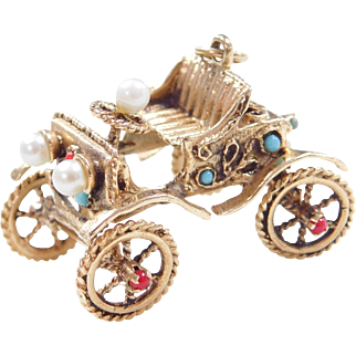Moving 14k Gold Jeweled Carriage Charm
