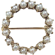 Vintage 14k Gold Cultured Pearl Circle Pin / Brooch