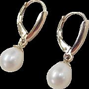 Vintage 14k Gold Cultured Pearl Lever Back Drop Earrings