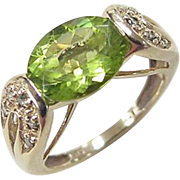Vintage 14k Gold 2.60 ctw Peridot and Blue Diamond Ring