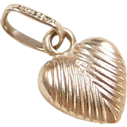 Vintage 14k Gold Puff Heart Charm