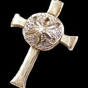 Vintage 14k Gold Sand Dollar Cross Pendant / Charm