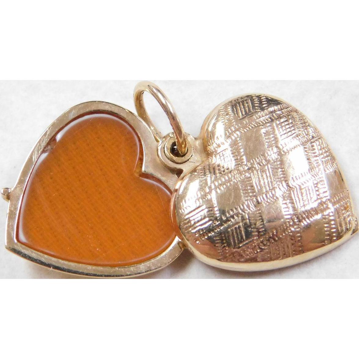 Vintage 14k Gold Etched Heart Locket Pendant Slide Open