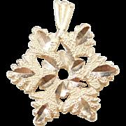 Vintage 14k Gold Snowflake Charm / Pendant