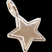 Vintage 14k Gold Star Charm / Pendant