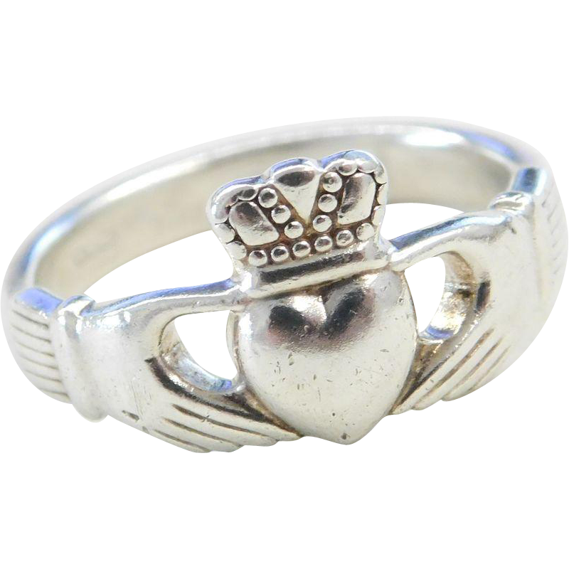sterling silver claddagh ring from arnoldjewelers on ruby