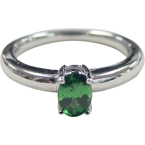 vintage 14k white gold emerald solitaire ring from