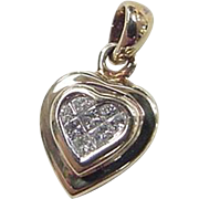 Vintage 14k Gold .08 ctw Diamond Heart Pendant