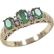 Vintage 14k Gold .69 ctw Natural Emerald and Diamond Ring